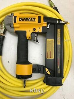 DEWALT DWFP1KIT 6G 18Gauge Brad Nailer and Heavy-Duty Pancake Air Compressor, GR