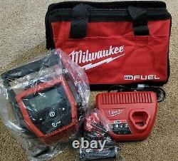 Nouveau Milwaukee M12 Gonfleur 2475-20 Sans Fil + 4.0ah Battery Charger Kit Fuel Bag